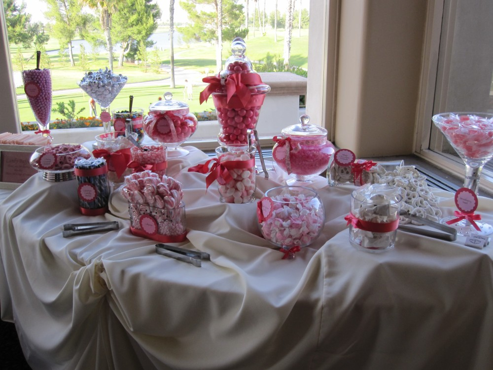 Fun Favors, Awesome Activities (2/6)