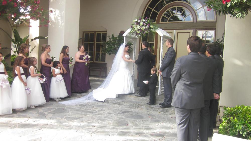 {Real Wedding Decorations} Maritza & Chris Martinez Wedding  (2/4)
