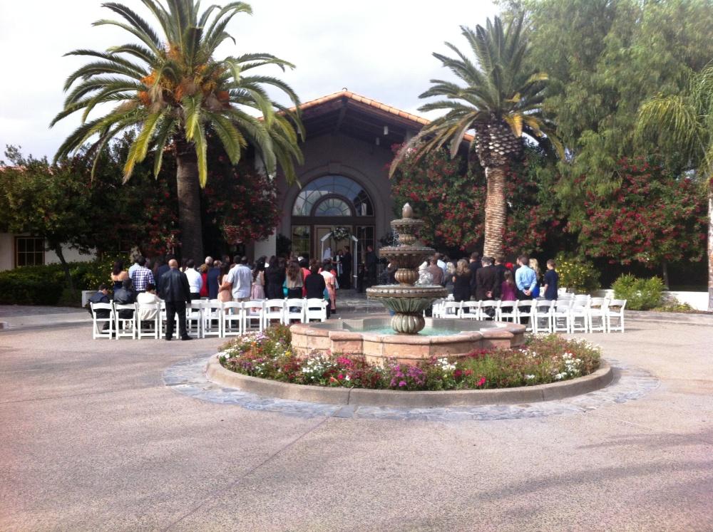 {Real Wedding Decorations} Maritza & Chris Martinez Wedding  (1/4)