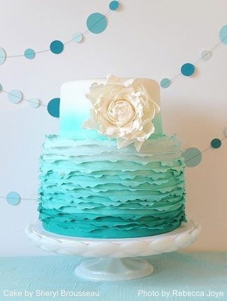 Jade+Ruffle+Cake+|+Photo+by+Rebecca+Joy (500×664)